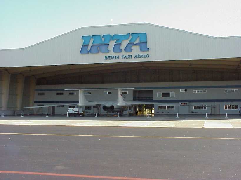 The hangar in Recife, 1999